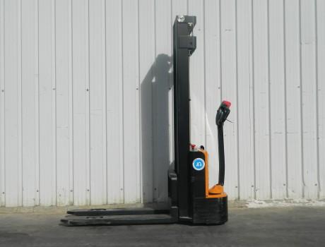 Apilador Electrico MB FORKLIFT ES10-10ES (2S330)