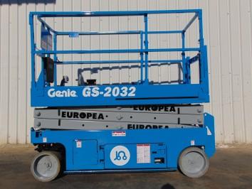 Plataforma Tijera Electrica GENIE GS2032