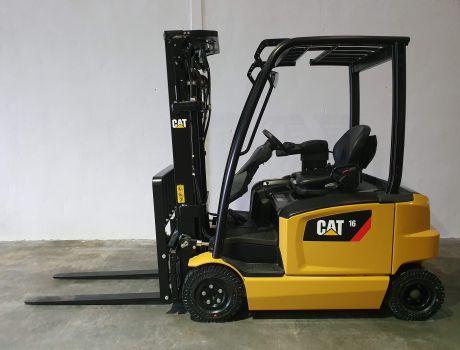 Carretilla Elevadora Electrica 4 ruedas CATERPILLAR EP16AN