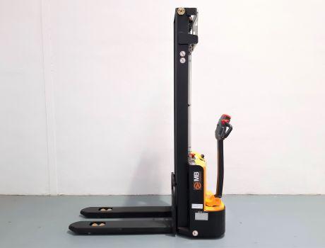 Apilador Electrico conductor a pie MB FORKLIFT ES12-12ES (2S360)