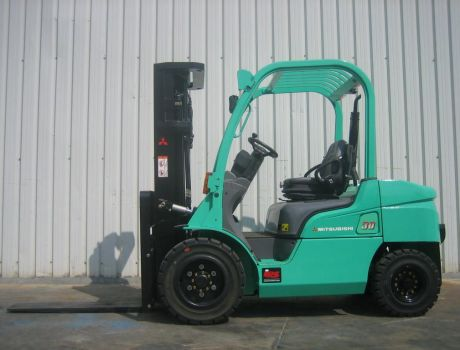 Carretilla Elevadora Diesel MITSUBISHI FD30N-MC