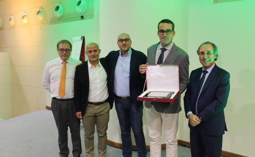 """Ática Redex concede el Premio """"Asociado del Año 2015"""" a Europea de Carretillas"""