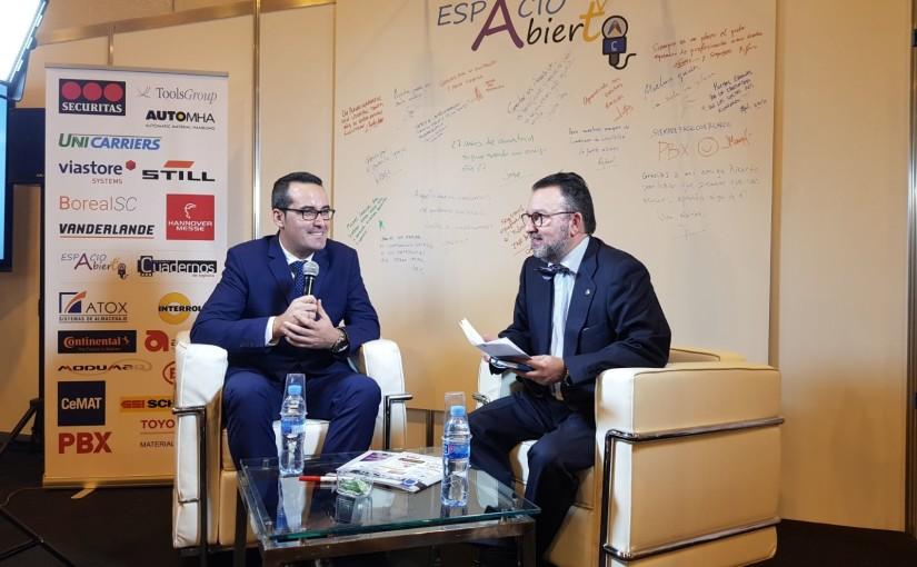 Marcos Blasco representa a las carretillas eléctricas BYD y a BYD Forklift Europa en una entrevista en la feria Logistics & Distribution Madrid 2017